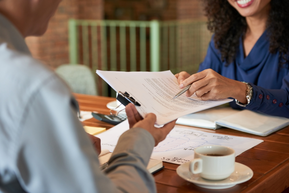 Why You Should Work With a Divorce Attorney